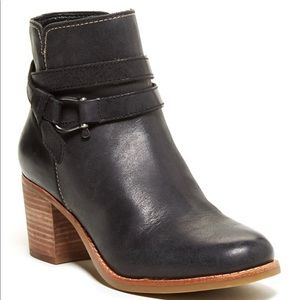 SPERRY Chelton Black Leather Ankle Bootie